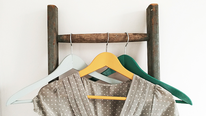 hanging clothes ladder